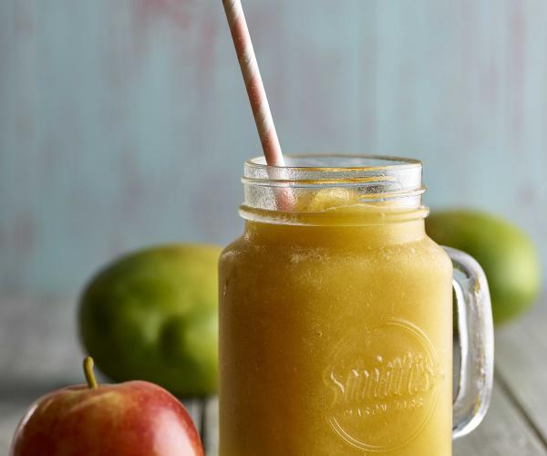 Apple and Mango Ice Blended Smoothie